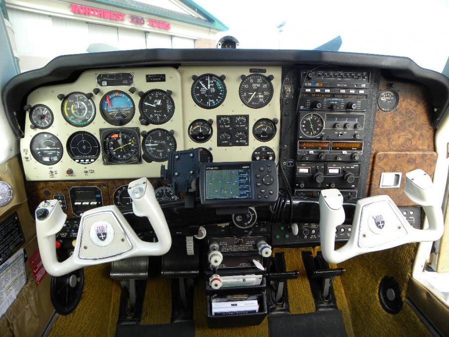 Beechcraft Bonanza F33A   AirplanesUSA