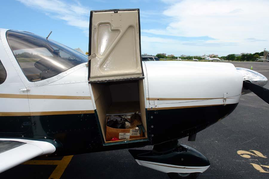 Piper Cherokee Six-300 | AirplanesUSA