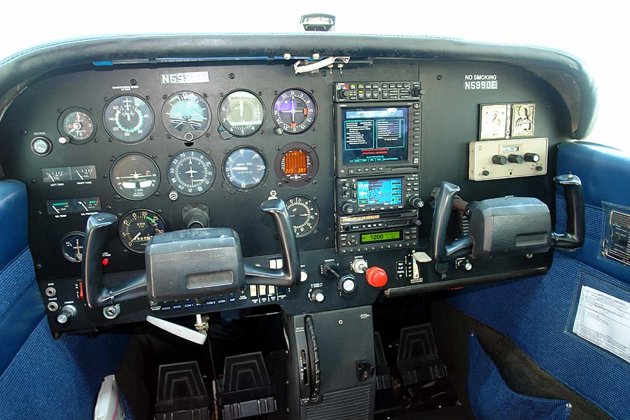 Cessna 172 N Skyhawk II | AirplanesUSA