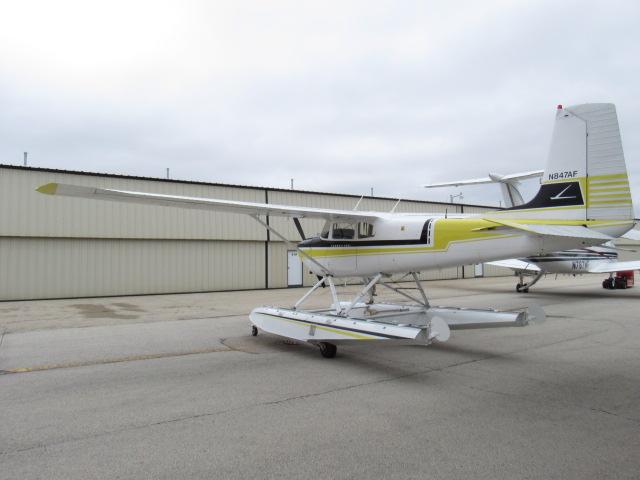 Cessna 180 Amphibian   AirplanesUSA